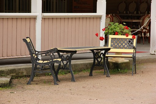 Here are three tips to know when purchasing furniture for your outdoors!